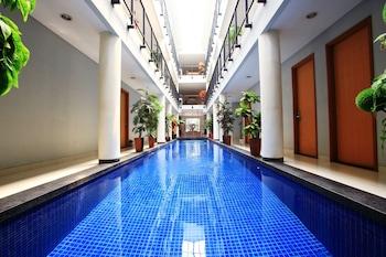 Hotel - RedDoorz @ Cipete