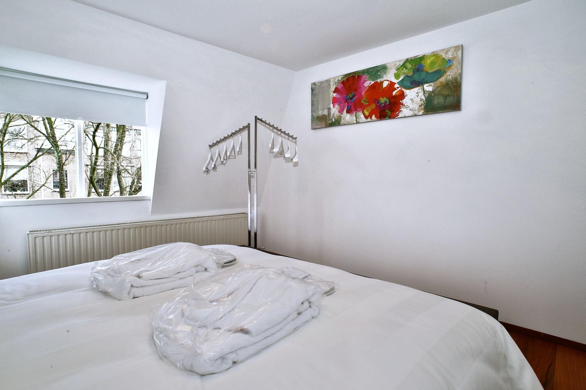 Luxury Apartments Delft - Royal Delft Blue, Delft