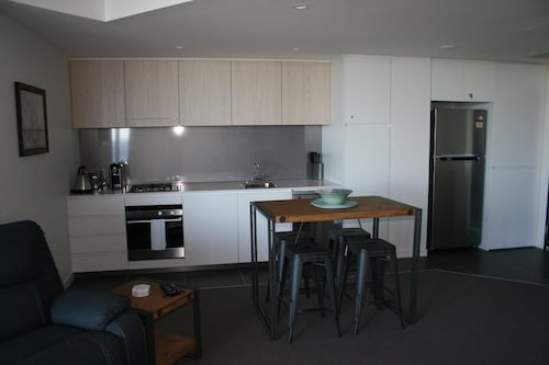 Apartment on King Street, Newcastle - Inner City