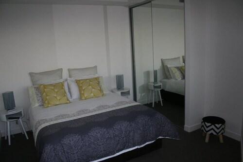 Apartment on King Street, Newcastle - Inner City