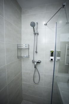 Tangerine Apart Hotel Batumi - Bathroom  - #0