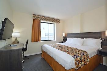 Guestroom at Bogart Hotel in Brooklyn