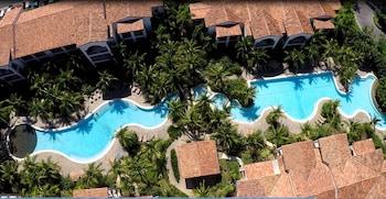 Pacifico Resort Condominiums - Featured Image  - #0
