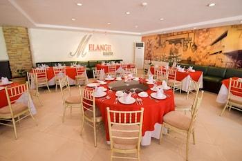 HOTEL TAVERN SURIGAO Dining