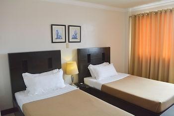 HOTEL TAVERN SURIGAO Room