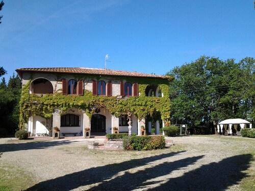 . Villa Albertina