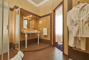City Holiday Resort & SPA - Bathroom  - #0