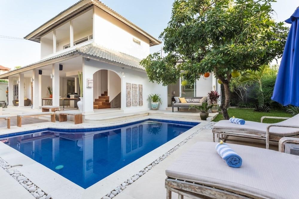 Allure Villas