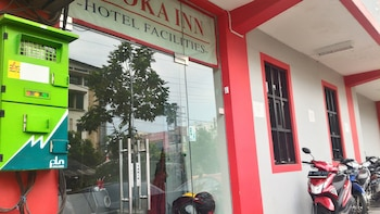 Asoka Inn Bandung - Hotel Entrance  - #0