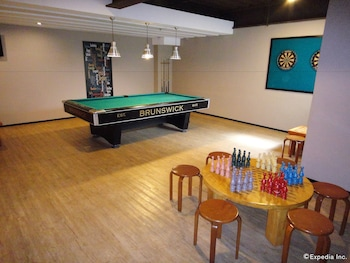 MALLBERRY SUITES BUSINESS HOTEL Game Room