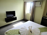 MALLBERRY SUITES BUSINESS HOTEL