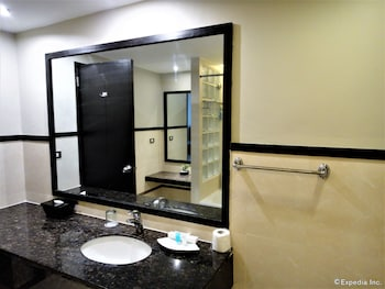 MALLBERRY SUITES BUSINESS HOTEL Bathroom Sink