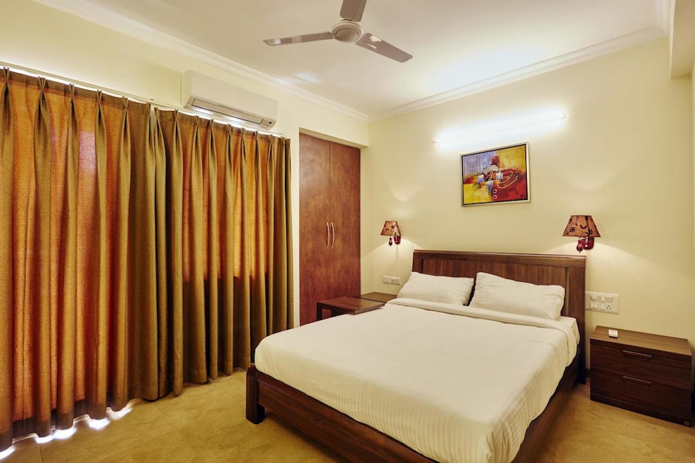 2 Bedroom Serviced Apartment with Breakfast