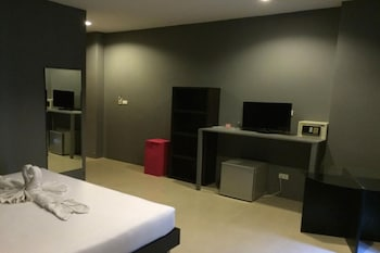 Sweet Hotel Patong - In-Room Amenity  - #0