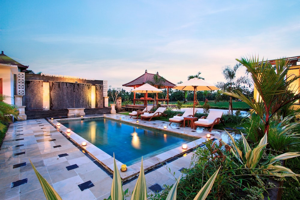 Puri Hari Resort and Villas