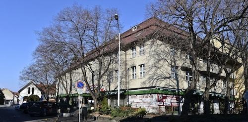 . Hotel Unicornis