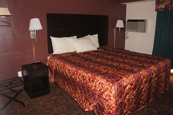 Deluxe 1 King Bed Non-Smoking