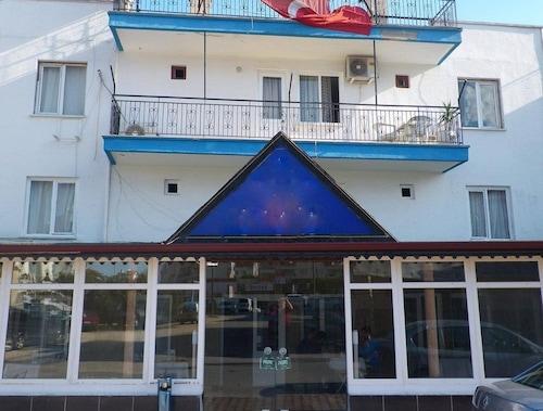Öz Mert Hotel, Merkez