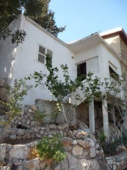 Hotel - Artist's House overlooking the Bay of Haifa