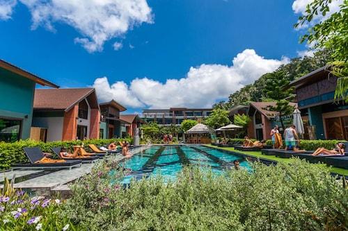 . Chaokoh Phi Phi Hotel & Resort