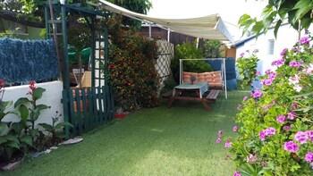 Clematisso - Hostel - Garden  - #0