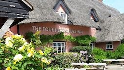 The Four Horseshoes