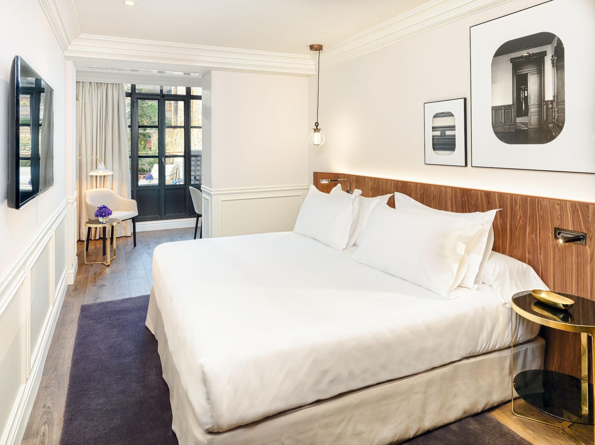 Deluxe Double Room, Terrace, Garden View
