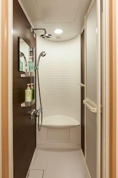 Y's Cabin Yokohama Kannai - Bathroom Shower  - #0