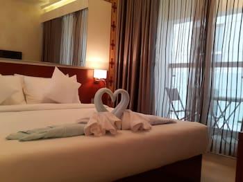 考文提納湖套房飯店