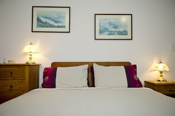 Hotel - On the Beach Bed & Breakfast