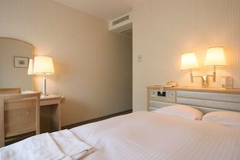 スタンダードセミダブルルーム 喫煙可 13㎡ スマイルホテル金沢
