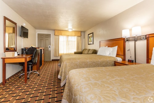 . Anchor Bay Inn