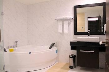 Terrace Hotel - Bathroom  - #0