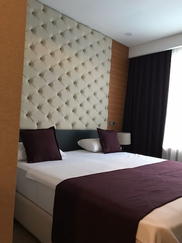 Aydinoglu Hotel, Maltepe