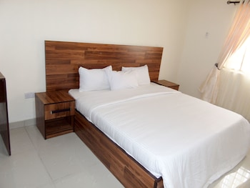 Ken Kol Apartments and Suites