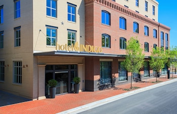 Hotel Indigo Old Town Alexandria - Featured Image  - #0