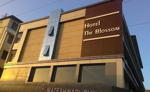 __{offers.Best_flights}__ Hotel The Blossom