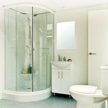Orbitur Angeiras Bungalows - Caravan Park - Bathroom  - #0