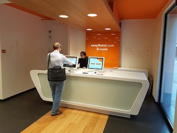 easyHotel Brussels City Centre - Reception  - #0