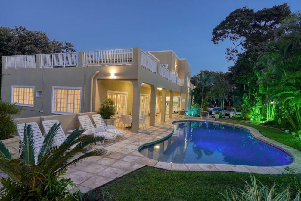 Hotel Caza Beach Guesthouse