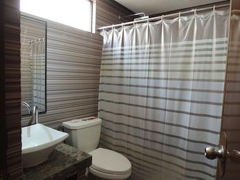 LANTAWAN RESORT Bathroom