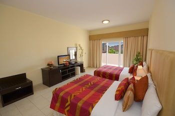 Parkside Suites - Discovery Gardens
