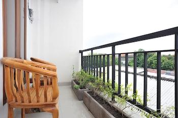 Airy Eco Denpasar Barat Gunung Soputan 1 Bali - Balcony  - #0