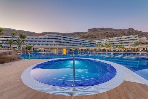 . Radisson Blu Resort & Spa, Gran Canaria Mogan