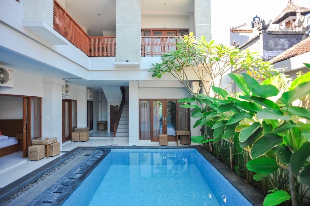 Airy Seminyak Kerobokan Merta Agung Gang Boom Baba 5B Bali
