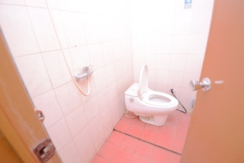 Airy Pasteur Cassa 2 Bandung - Bathroom  - #0