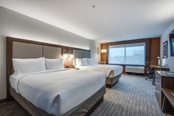 Suite, 2 Queen Beds, Accessible, Non Smoking (Roll-In Shower)