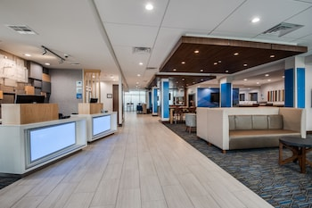 Lobby at Holiday Inn Express & Suites Dallas North - Addison in Dallas
