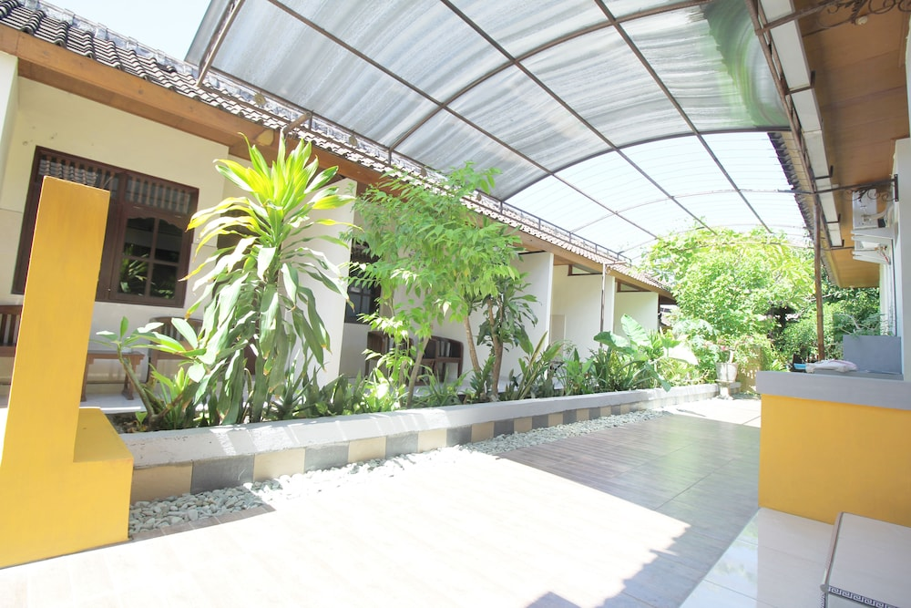 Airy Raya Kuta Gang Sehati 2 Bali