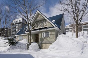 Powder Hound Lodge - Featured Image  - #0